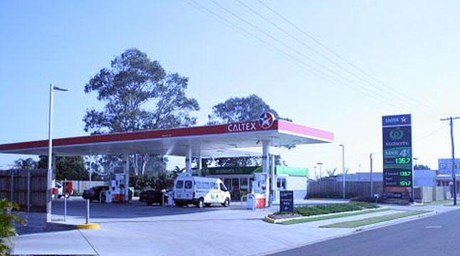 Woolworths Service Station completed for Lansky Constructions. 2010
