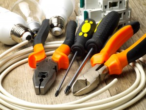 Choosing an Electrician for your Electrical Repairsv